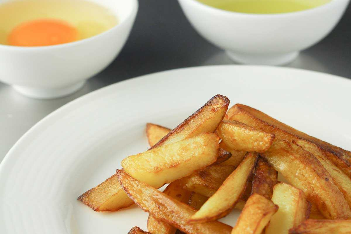 Midnight cravings foodblog recepten did you know that french fries are also very easy to make yourself what do you think of this recipe fresh fries with homemade mayonnaise solutioingenieria Images